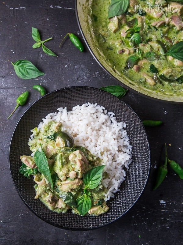 Chicken Green Curry ala Thailand is healthy and heartwarming curry dish perfect served on warm rice. Try this recipe for your dinner!