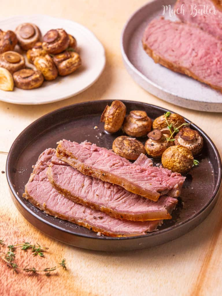 Host your family with classic roast beef with gravy on Sunday supper! It is so delicious, tender, and juicy. Change your best beef and some spices in your kitchen to this special menu. Your event will be fancier with this 5-star restaurant menu.