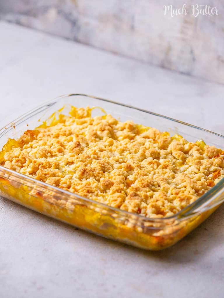 Enjoy the fruity & sweet mango crumbles to load tropical flavor! It is a sweet snack with fresh mangoes, lemon dash, and easy homemade crumbles. Perfect crumbly, crispy, rich, and vegan snack for your summer!