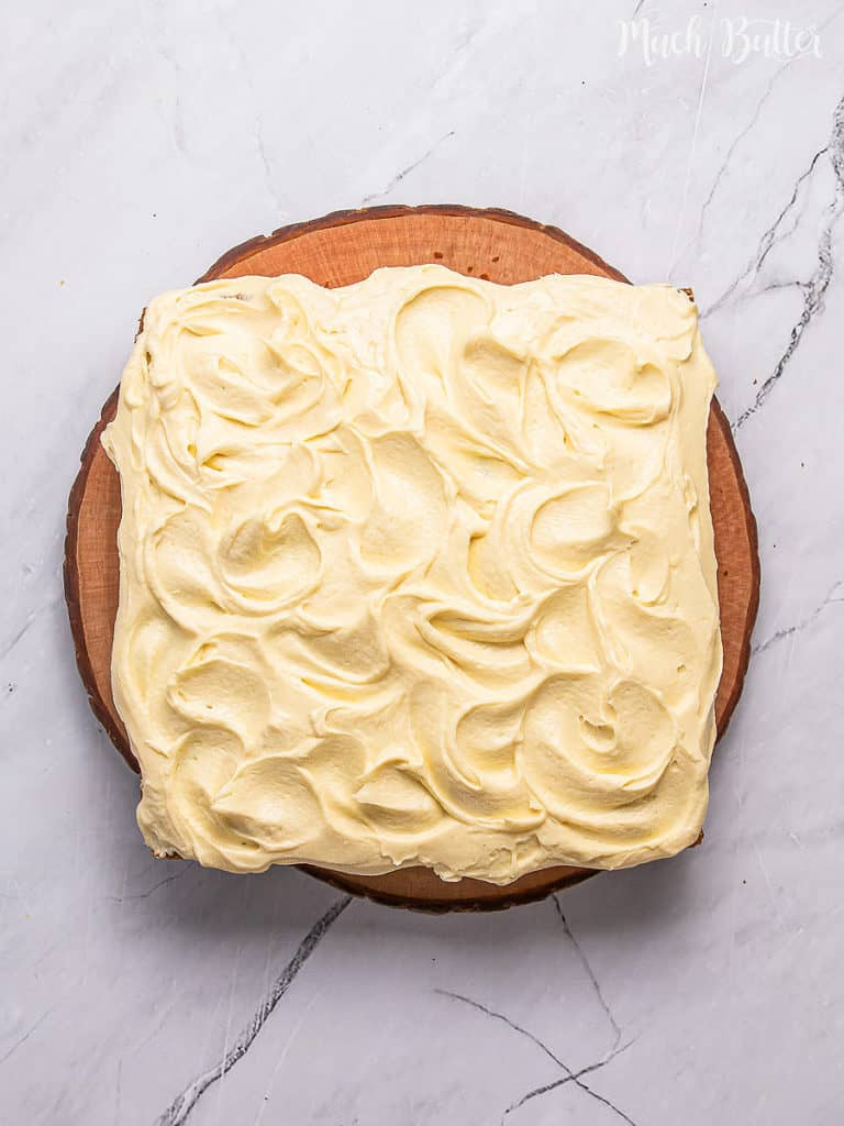 Do you still have pumpkin after Halloween? Try this tender and moist pumpkin cake! It has spices scent and spices flavor to enjoy your fall season or beyond the season. Topped with tangy cream cheese frost, it is totally heavenly balance dessert taste.